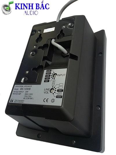 Mặt sau loa hộp TOA BS-1030B