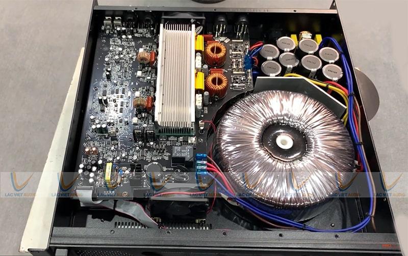 Cục đẩy HOUS TC-3815 có cấu tạo từ linh kiện cao cấp nhờ đó âm thanh sáng và đẩy khỏe hơn