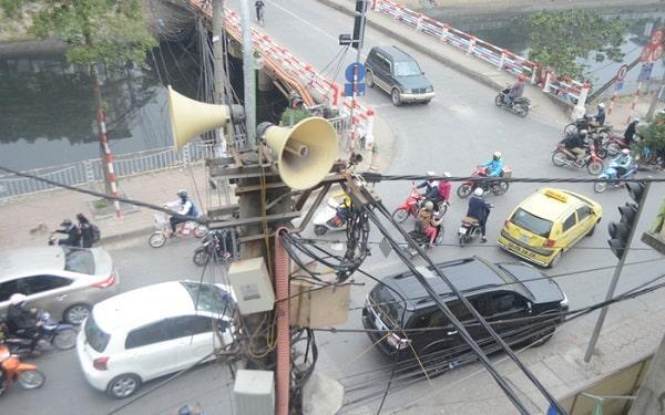 Loa phát thanh gây ồn ảnh hưởng không nhỏ tới người dân