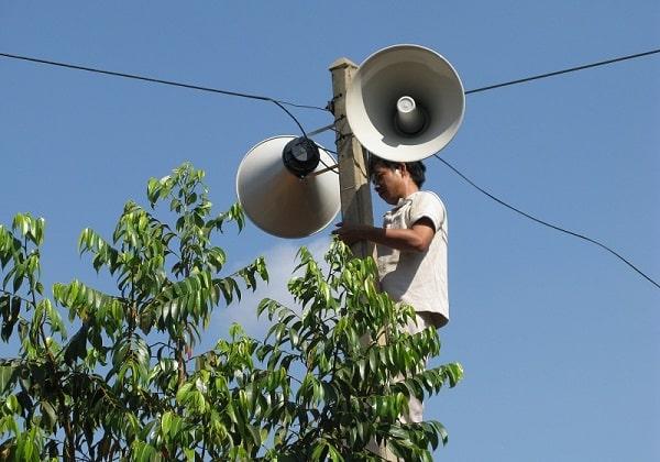 Loa phát thanh gây ồn? Giải đáp: Có nên tiếp tục sử dụng không?
