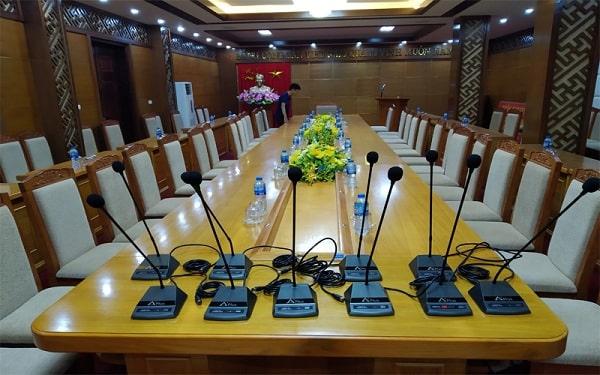 Lựa chọn thiết bị âm thanh hội nghị sử dụng