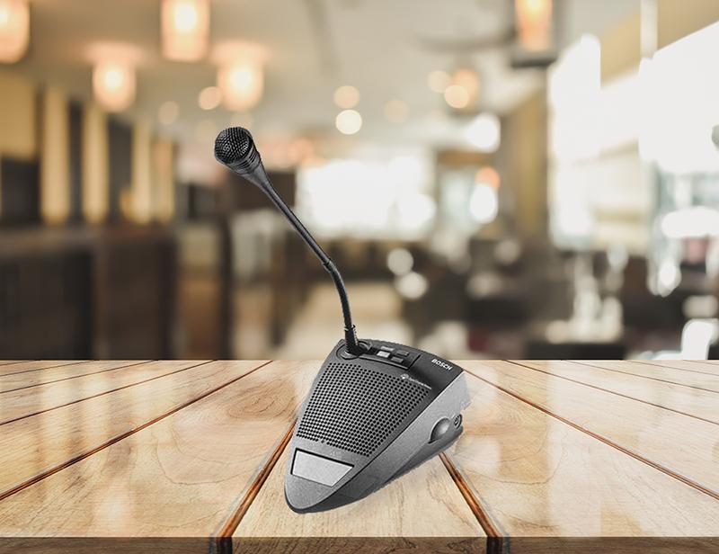 Micro cổ ngỗng Bosch CCS 800 có thiết kế nhỏ gọn cùng chất lượng âm thanh ấn tượng