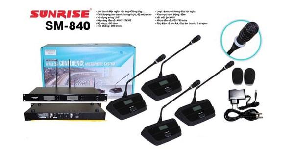 Giá micro hội thảo không dây Sunrise SM840: 2.300.000 đồng
